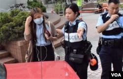 香港立法會議員游蕙禎到達法庭時沒有接受傳媒訪問。(美國之音湯惠芸)