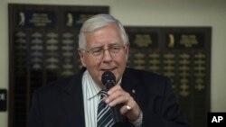 Thượng nghị sĩ Cộng hòa Mike Enzi