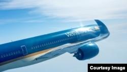 Hãng hàng không Việt Nam đã phải đổi hành trình các chặng bay tới và từ châu Âu để tránh khu vực chiến sự ở Syria. (Ảnh lấy từ trang Facebook của Vietnam Airlines)