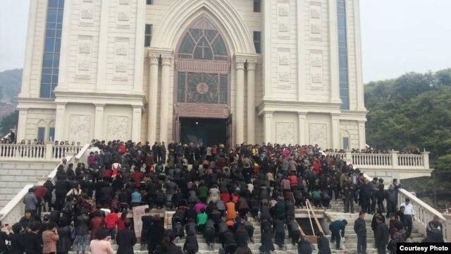 中共当局2015年系统打压基督教会