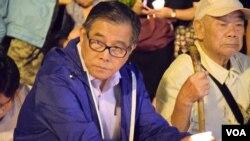香港支聯會常委麥海華(左) (美國之音特約記者 湯惠芸拍攝 )