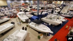 Hay botes de todos los tamaños y para todos los gustos. La exhibición permanecerá hasta el 18 de febrero próximo.