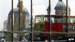 Госдепартамент предостерег граждан США, планирующих поездки в Великобританию