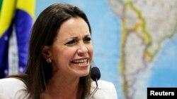 La líder opositora María Corina Machado denunció haber recibido amenazas contra su vida y la de sus hijos.