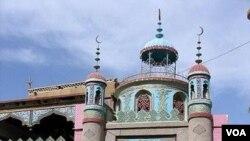 Tempat ibadah warga muslim etnis Uighur di provinsi Xinjiang, Tiongkok. Deplu AS memasukkan Tiongkok ke dalam daftar negara yang membatasi kebebasan beragama.