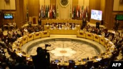 A general view of a meeting in the Arab League's headquarters in the Egyptian capital, Cairo, on May 23, 2015, where Arab army chiefs met to discuss the details of building a joint Arab military force to combat jihadists including IS.