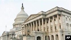 Gedung DPR Amerika, Capitol Hill, di Washington DC (Foto: dok). Kubu partai Republik di DPR Amerika menyerukan pemberlakuan pagu utang agar negara itu dapat membayar kewajiban-kewajibannya hingga pertengahan April mendatang, Jum'at (18/1).