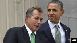 奥巴马总统与美国众议院议长贝纳(资料照片)