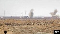 Войска Каддафи атакуют ключевые города Ливии