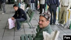 بیکاری و دیرکرد پرداخت حقوق کارگران در ایران، آنها را مستأصل کرده
