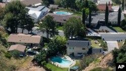 Casas con piscina en la ciudad de Altadena en California.
