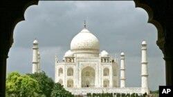 محبت کی حسین یادگار 'تاج محل' کے انہدام کا سنگین خطرہ