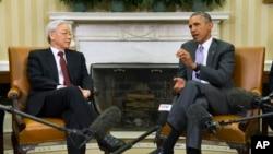 Tổng thống Obama tiếp ông Nguyễn Phú Trọng tại phòng Bầu dục của Tòa Bạch Ốc, ngày 7/7/2015.