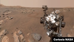 """El rover Perseverance Mars de la NASA tomó esta selfie sobre una roca apodada """"Rochette"""", el 10 de septiembre de 2021. [Foto cortesía NASA]."""
