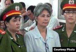 Bà Bùi Thị Minh Hằng trong phiên tòa phúc thẩm.