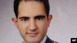 ترک فضائی کے ایک پائلٹ، حسن حسین عکسی کی تصویر جسے مرحوم کے اہل خانہ نے حال ہی میں جاری کیا