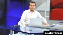 """Mustaqil jurnalist, blogger va """"Ziyouz.Com"""" sayti muharriri Davronbek Tojialiyev"""