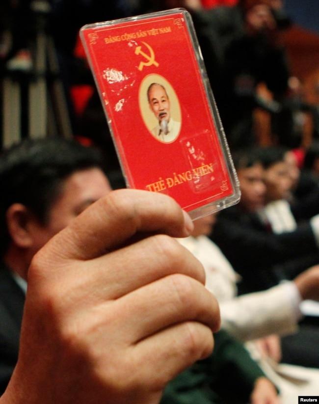 """Trưởng ban tuyên giáo đảng cộng sản Việt Nam nói đảng """"không sợ đối thoại"""""""