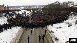 Bölgede gerginliğin kontrolden çıkmasını NATO önlüyor