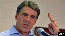 Texas Valisi Rick Perry Türkiye'yi İslamcı teröristlerin yönettiğini öne sürmüştü