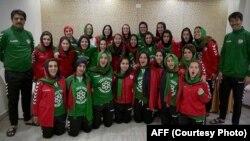 تیم ملی فوتبال بانوان افغانستان در هند که جهت شرکت در رقابت های جنوب آسیا گرد هم آمده اند
