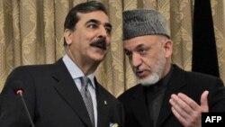 Премьер-министр Пакистана Реза Гилани и президент Афганистана Хамид Карзай