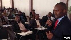 Jean Bosco Ntahimpera, Umwunganizi w' umushikiranganji mu biro vy'umukuru w'igihugu ajejwe intwaro ibereye