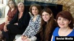 دیدار فائزه هاشمی با فریبا کمال آبادی از مدیران جامعه بهائیان