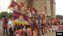Tibetan Hold Vigil for those Self immolated at India Gate