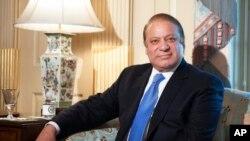 巴基斯坦總理謝里夫十月二十日在美國國務院會見美國國務卿克里時攝