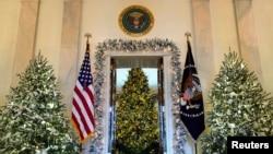 白宫喜迎圣诞节,国家圣诞树亮了(24图)