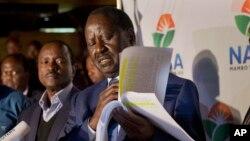 Raila Odinga, candidat de l'opposition à l'élection présidentielle lors d'une conférence de presse à Nairobi, Kenya, 9 août 2017.