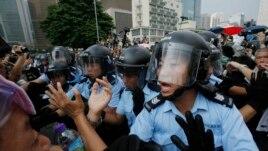 Përleshje të reja në Hong Kong