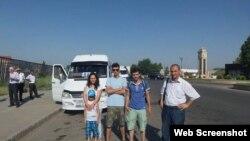 Meydan TV-nin əməkdaşları (Foto Emin Millinin facebook səhifəsindən götürülüb)