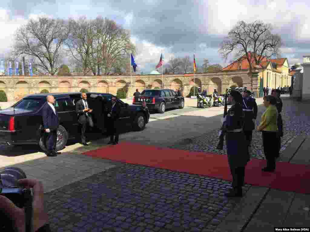 جرمن چانسلر، صدر اوباما کا خیر مقدم کرتے ہوئے