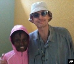 David Saltz with Haitian earthquake survivor Nathana Gerome, 13, 7 Apr 2010