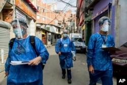 Thế giới vẫn cần giãn cách xã hội và đeo khẩu trang cho đến khi co đủ vắc xin; ảnh chụp tại Sao Paulo, Brazil, 11/9/2020