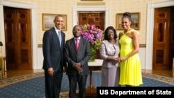 Presidente Barack Obama e a Primeira-dama Michelle Obama com José Mário Vaz, Presidente da República da Guiné-Bissau, e a Primeira-dama Rosa Teixeira Goudiaby Vaz.