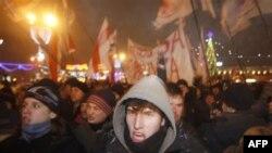 Митинг протеста в Минске переместился на Площадь Независимости