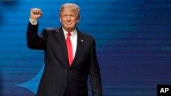 به گفته سخنگوی کاخ سفید، پرزیدنت دونالد ترامپ در نشست امسال داووس شخصا اولویت «آمریکا اول» خود را تشریح خواهد کرد.