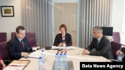 Premijer Srbije Ivica Dačić, visoka predstavnica Evropske unije Ketrin Ešton i predsednik Vlade Kosova Hašim Tači (arhivski snimak)