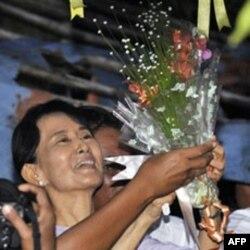 Bà Aung San Suu Kyi được coi là biểu tượng của ước vọng Dân chủ của Miến Điện.
