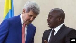 ABD Dışişleri Bakanı John Kerry ve Kongo Cumhurbaşkanı Joseph Kabila