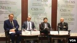 华盛顿智库战略与国际研究中心针对川普主政后台海安全态势的研讨会 (2017年1月17日,美国之音钟辰芳拍摄)