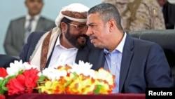 也门总理兼副总统巴哈赫 (右)