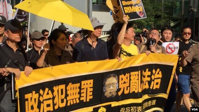 北京加强对香港及香港新闻的控制