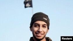 تصویر منتشر شده از عبدالحمید اباعود در نشریه داعش