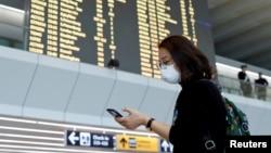В римському аеропорту Ф'юмічіно. Італія 31 січня 2020 р.