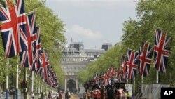London berhias diri menyambut perayaan 60 tahun bertahtanya Ratu Inggris, Elizabeth II (30/5).