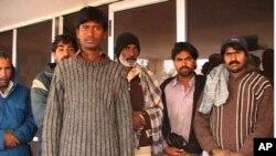 بلوچستان میں ایف آئی اے کے حراستی مرکز میں ایران سے ملک بدر کیے گئے غیر قانونی تارکین وطن